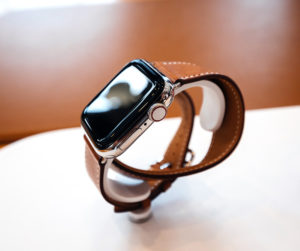 Сдать Apple Smart Watch в ломбард